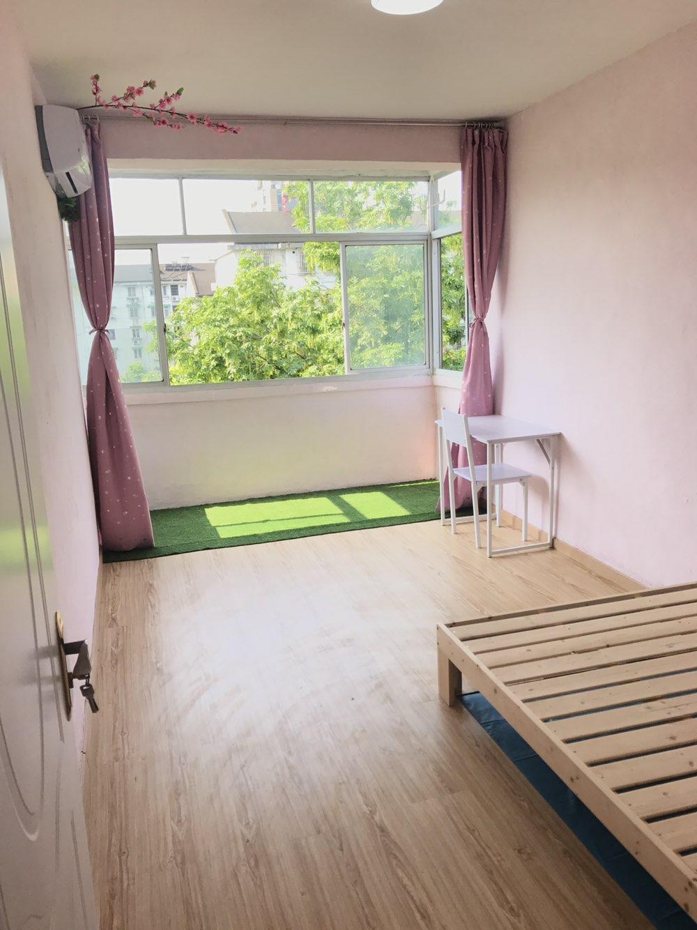 韩式甭扫地拖地全宅木地板墙衣地铁空中森林别墅(可单租我是房东