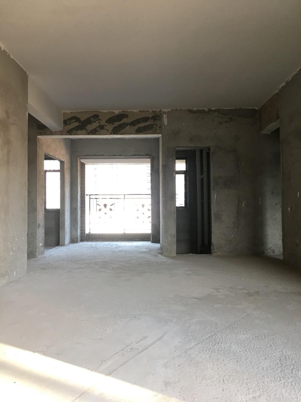 江南世家4房2厅3卫