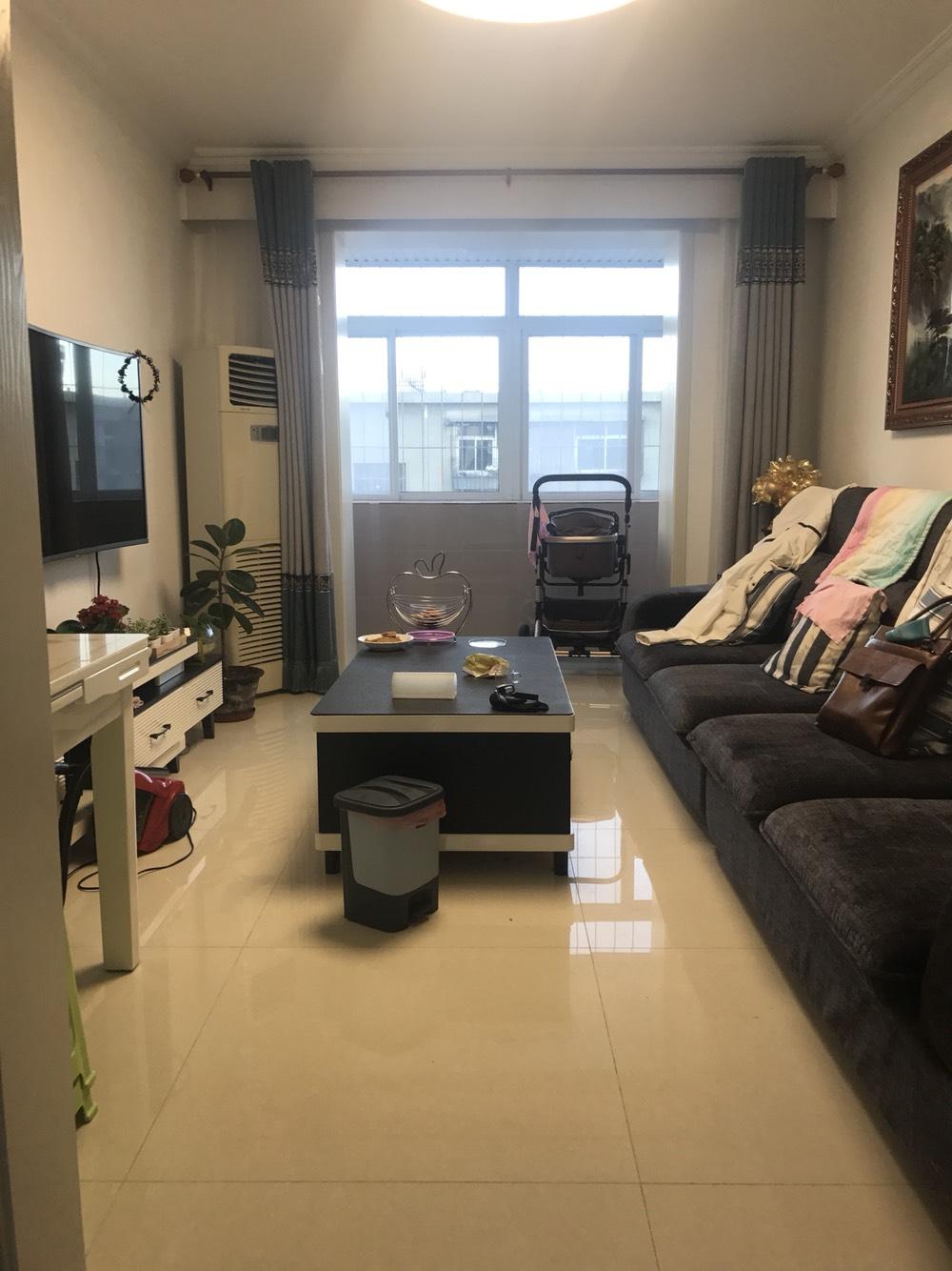 13小区五层新装修新家具家电出售