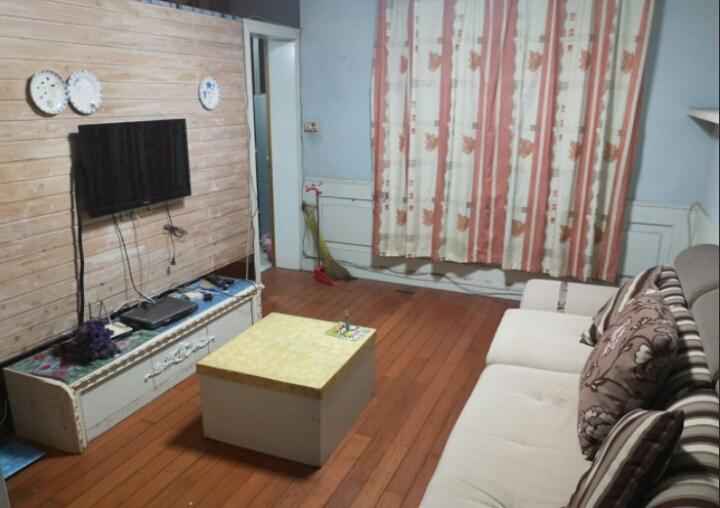 华建雅筑 ,精装房温馨,房子非常干净。
