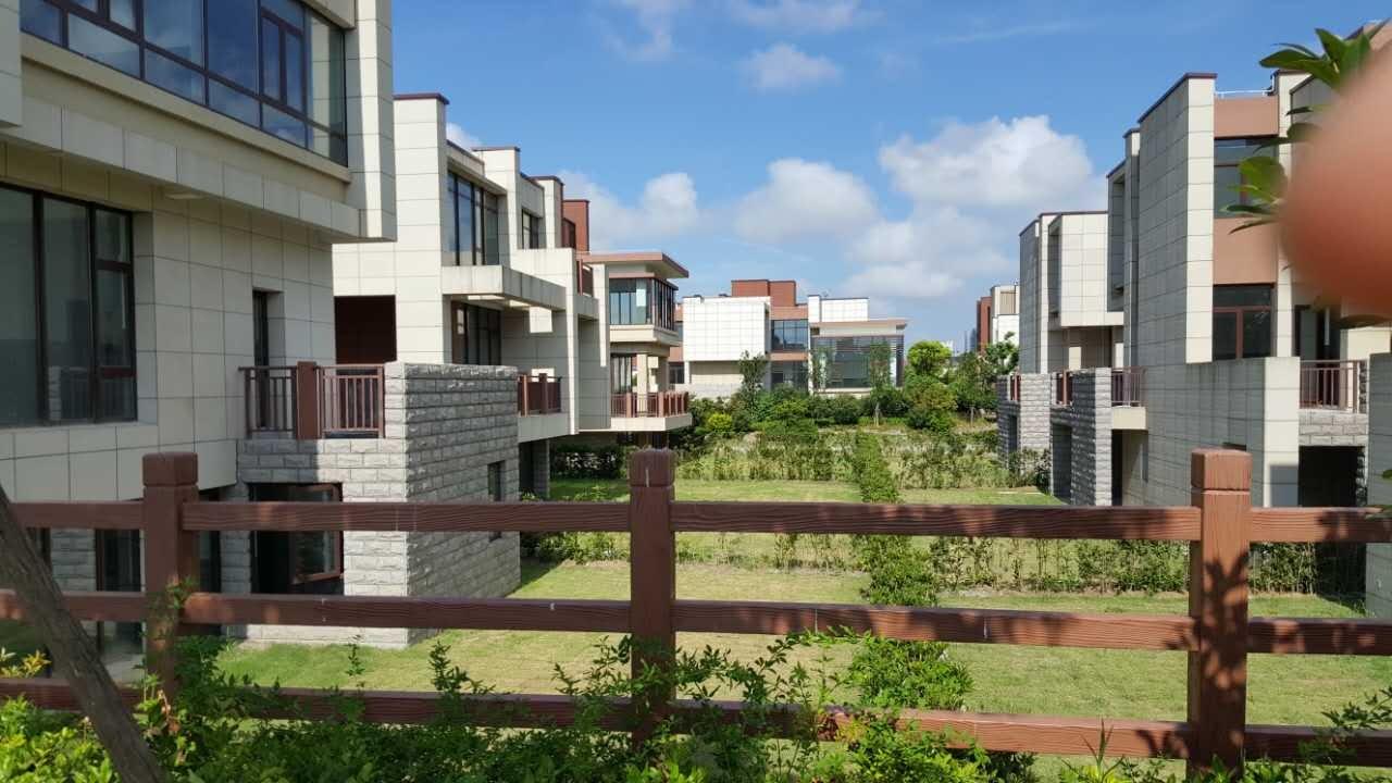 純獨棟海景別墅,總價600萬,使用面積達到700多