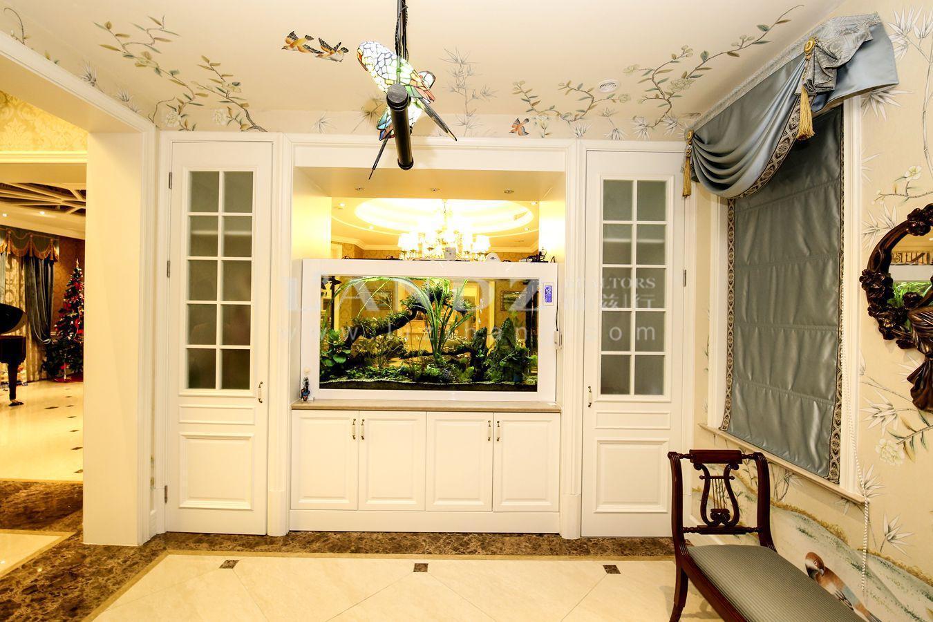 欧式豪装 花园300平  送全套家具 完全可拎包入住 堪比御翠园