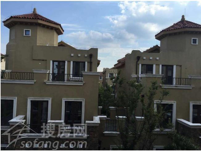 欧式两层房屋图片