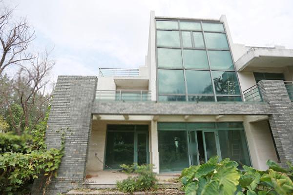 漓江山水花园独栋 降价200万 毛坯 花园占地400平