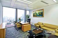 信合地产 国贸京广中心630平精装 正对电梯带家具4