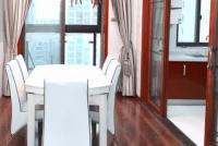 南湖名都大四房 148平300万 南北通透楼层好 精装修 满两年 急卖