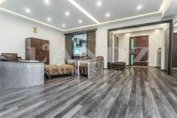 龙湾全新联排,房本面积383平米,简约欧式风格,700万新装修6