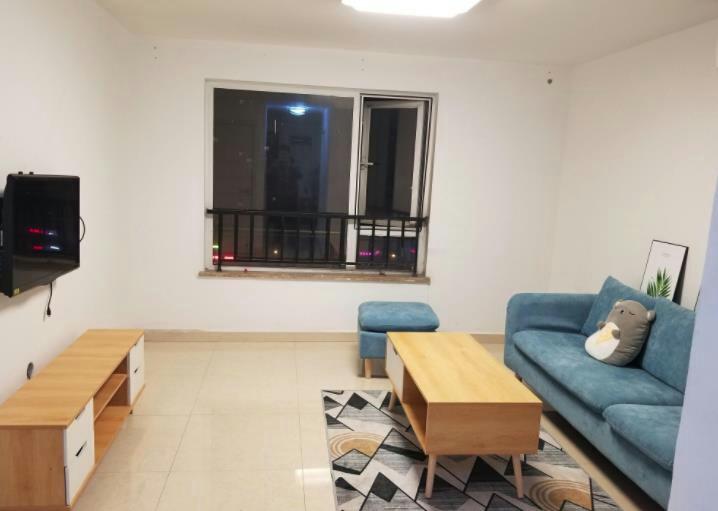 东方新城 ,精装一室 干净舒适 家电全齐 拎包入住
